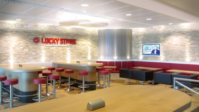 LUCKY STRIKE STRAIGHT RAUCHERLOUNGE
